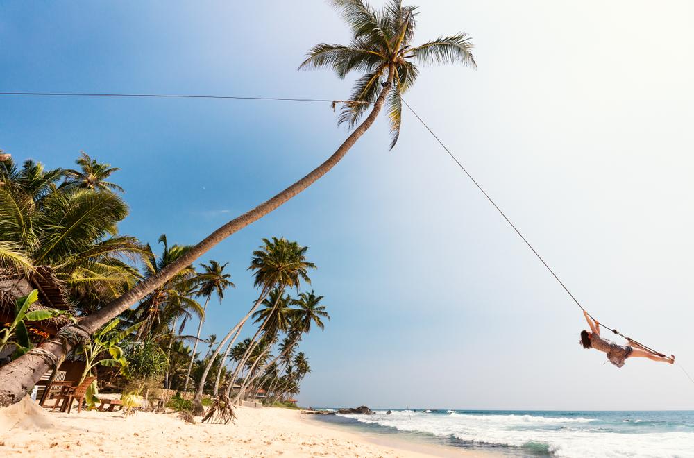 reasons to visit sri lanka the beaches